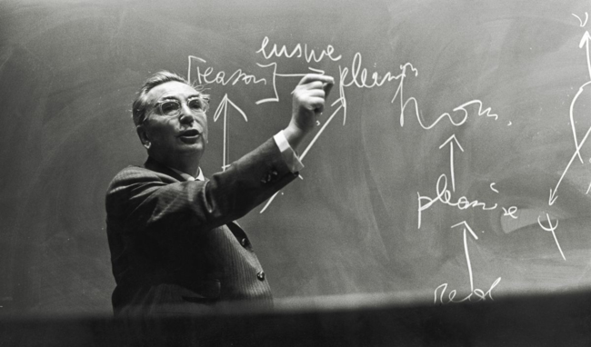 Frankl giving a lecture in the United States in 1967.