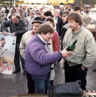 Ossies taste freedom in West Berlin, November 10, 1989