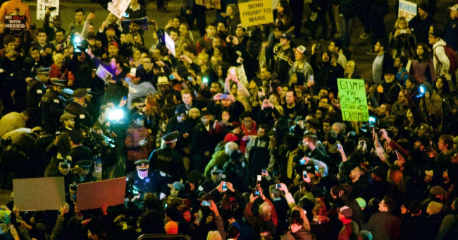 2016 Donald Trump Chicago rally protest