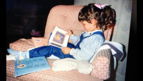 Melissa reading