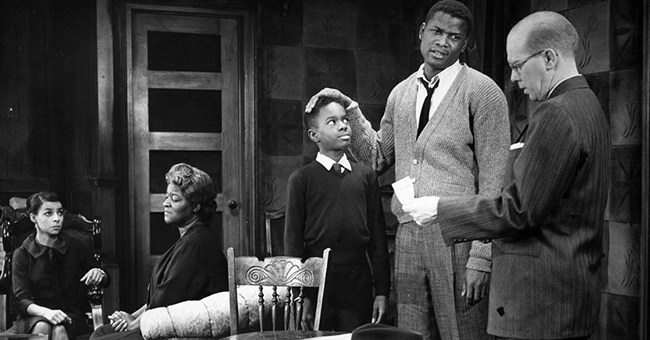 "A scene from the 1959 production of ""A Raisin in the Sun."" From left: Ruby Dee (Ruth Younger), Lena Younger (Claudia McNeil), Glynn Turman (Travis Younger), Sidney Poitier (Walter Younger), and John Fielder (Karl Lindner)."