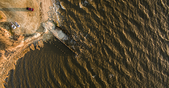 Disappearing shoreline_Delaware Bay