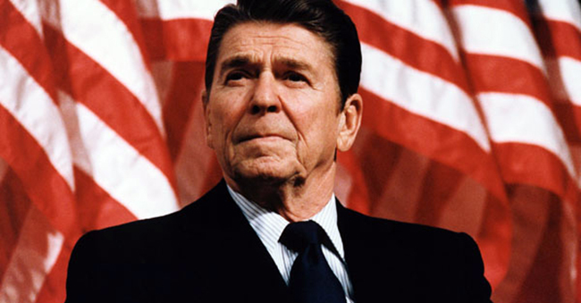 President Reagan speaking at a rally for Senator Durenberger By Michael Evans, February 8, 1982