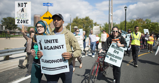 200 people gathered in east Minneapolis, MN, for a rally and march to to denounce hate speech and hate crimes against Muslims, September 17, 2016.